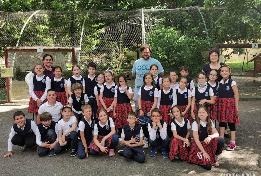 Comisari ai GNM Bihor, în mijlocul elevilor – Ziua Mondială a Mediului